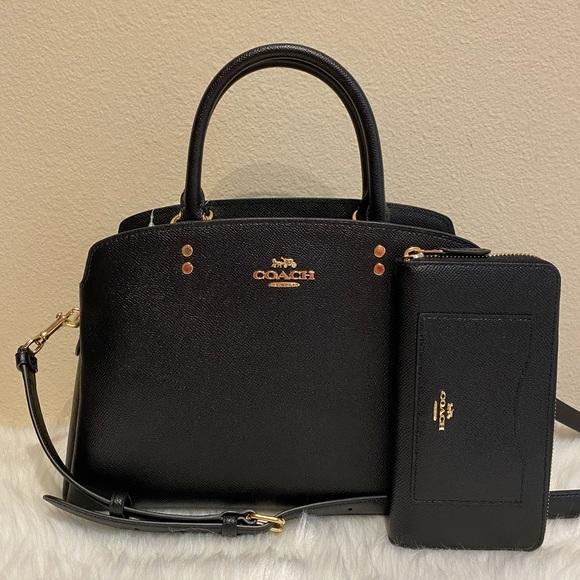 Coach Handbags - Coach purse and wallet set